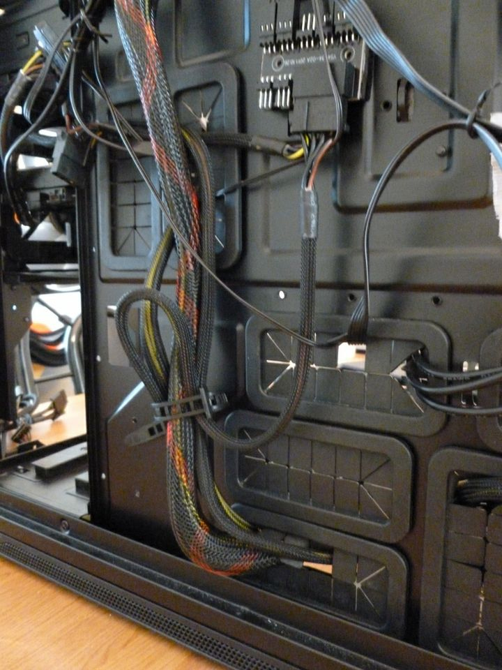 Basics of Cable Management - Beginner\'s How-To Guide | GamersNexus ...