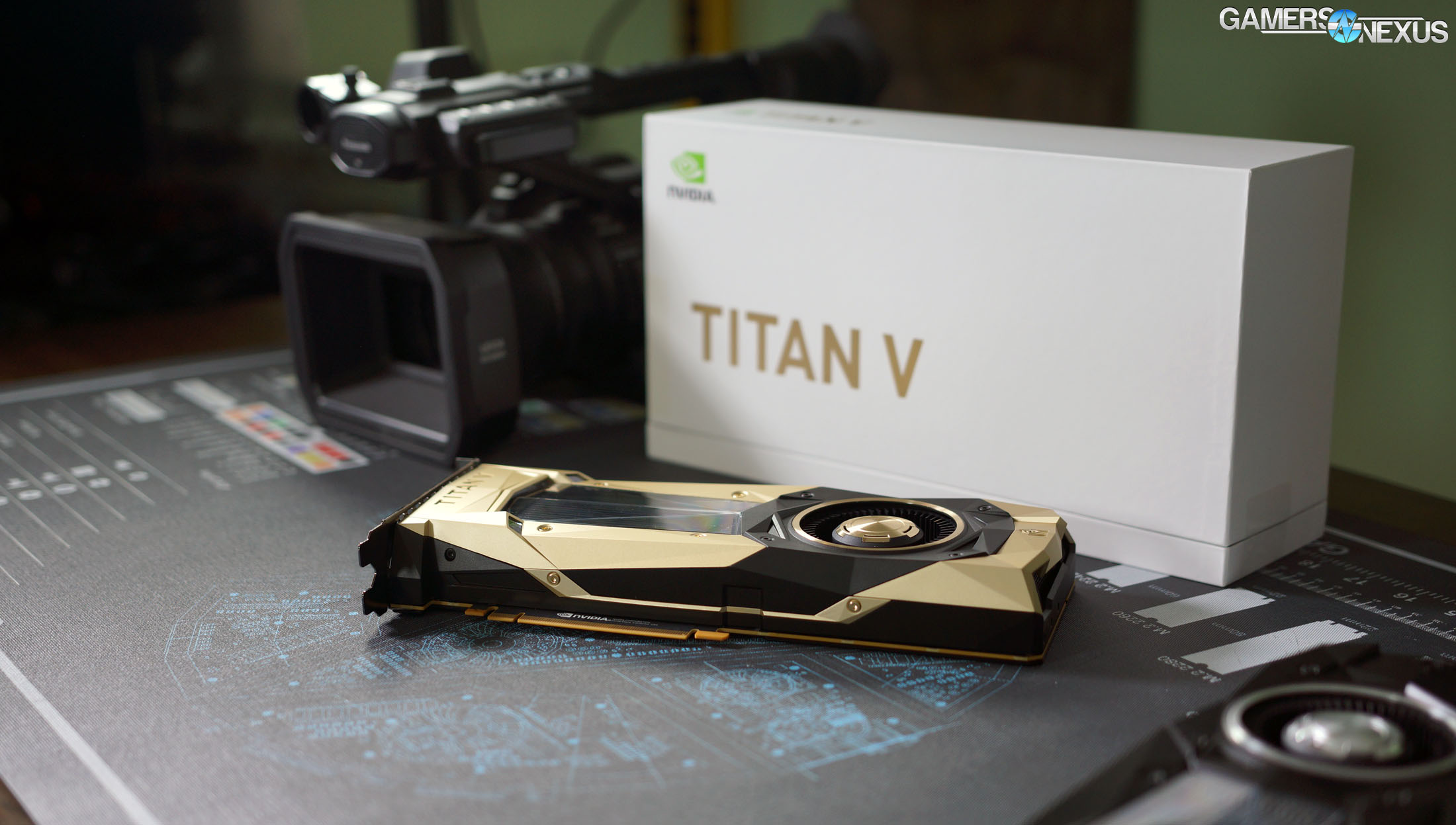 nvidia titan v teardown 0