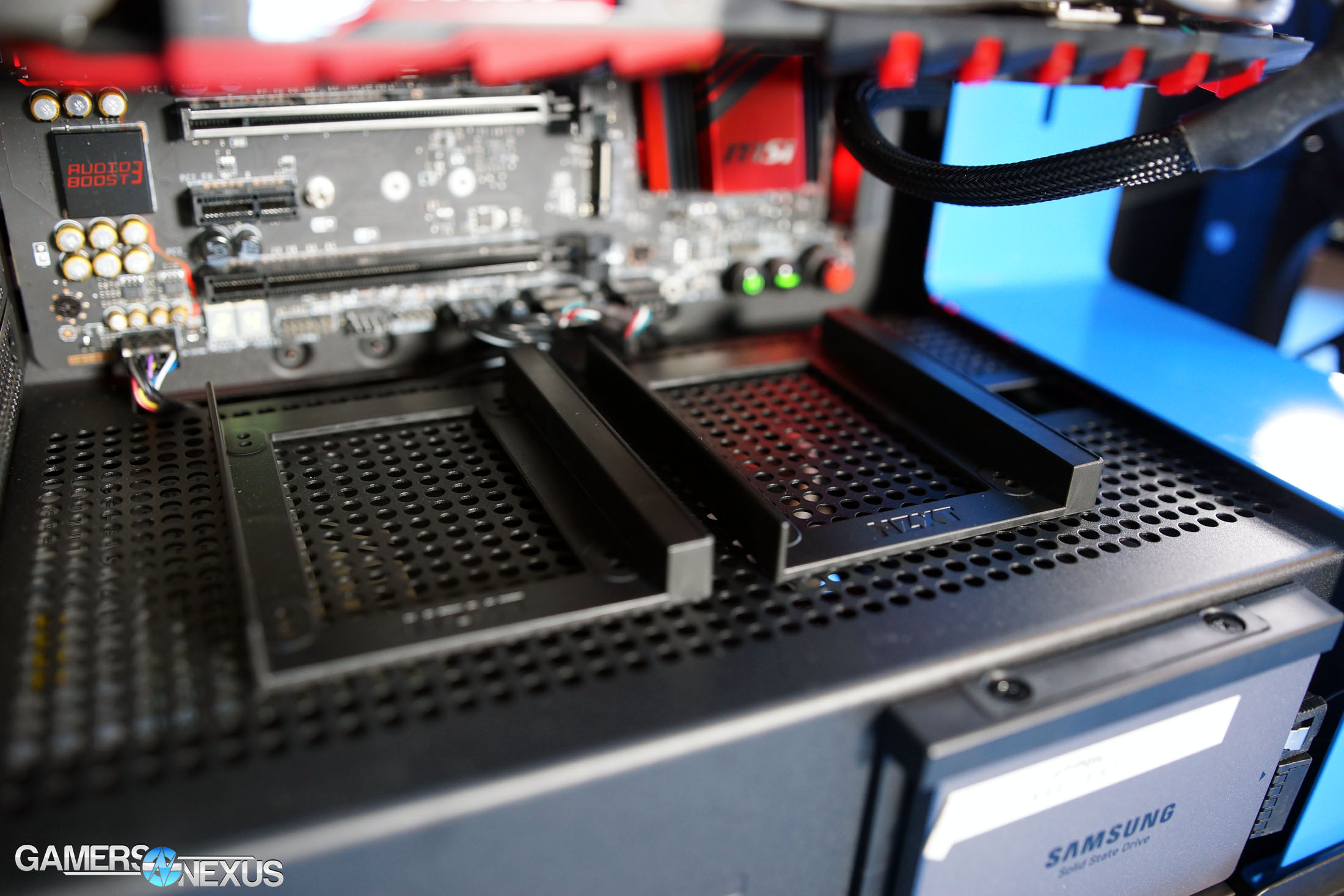 NZXT H700i Case Review: Better Without the 'Smart' Device